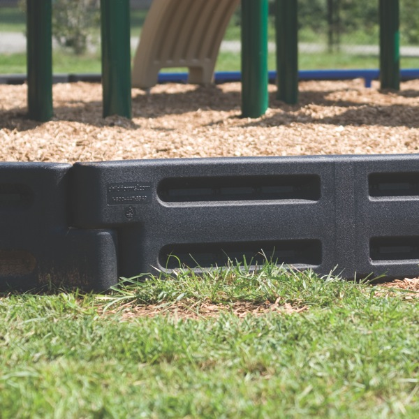 Funtimber Border With Spike By Childforms Playground