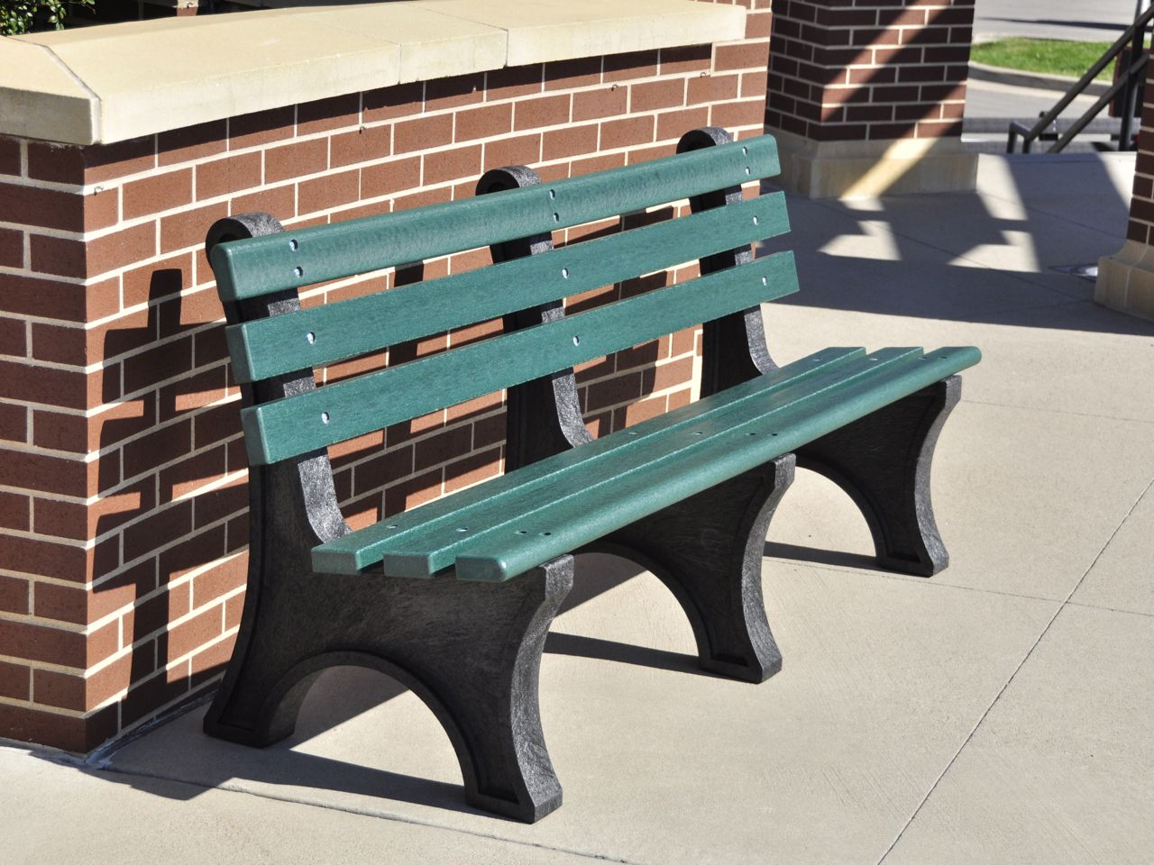 Recycled Plastic Central Park Bench By Jayhawk Plastics